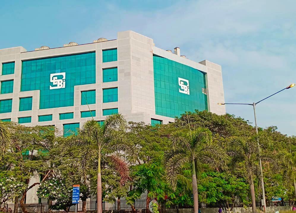 Kishore Biyani And Future Group Entities To Challenge Capital Market Ban By SEBI