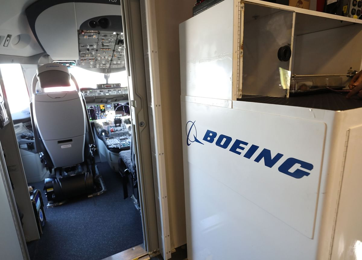 FAA Seeking 737 Airline Pilots to Test Software on Grounded Max