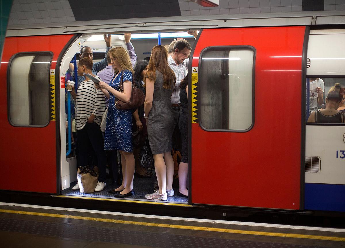 U.K. Commuter Train Fares Set to Rise 3% Amid Travel Disruption