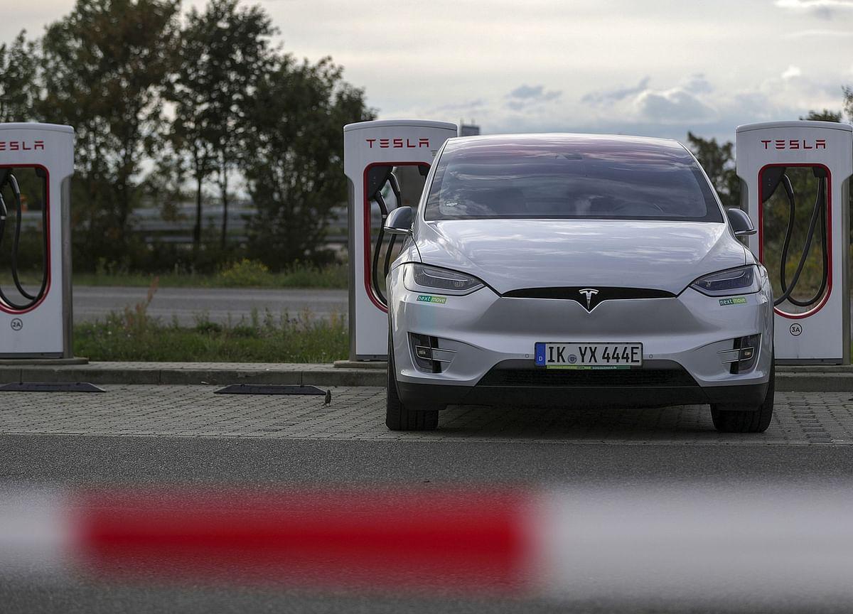 Tesla Starts Offering Car Insurance, Though Details Are Still Hazy
