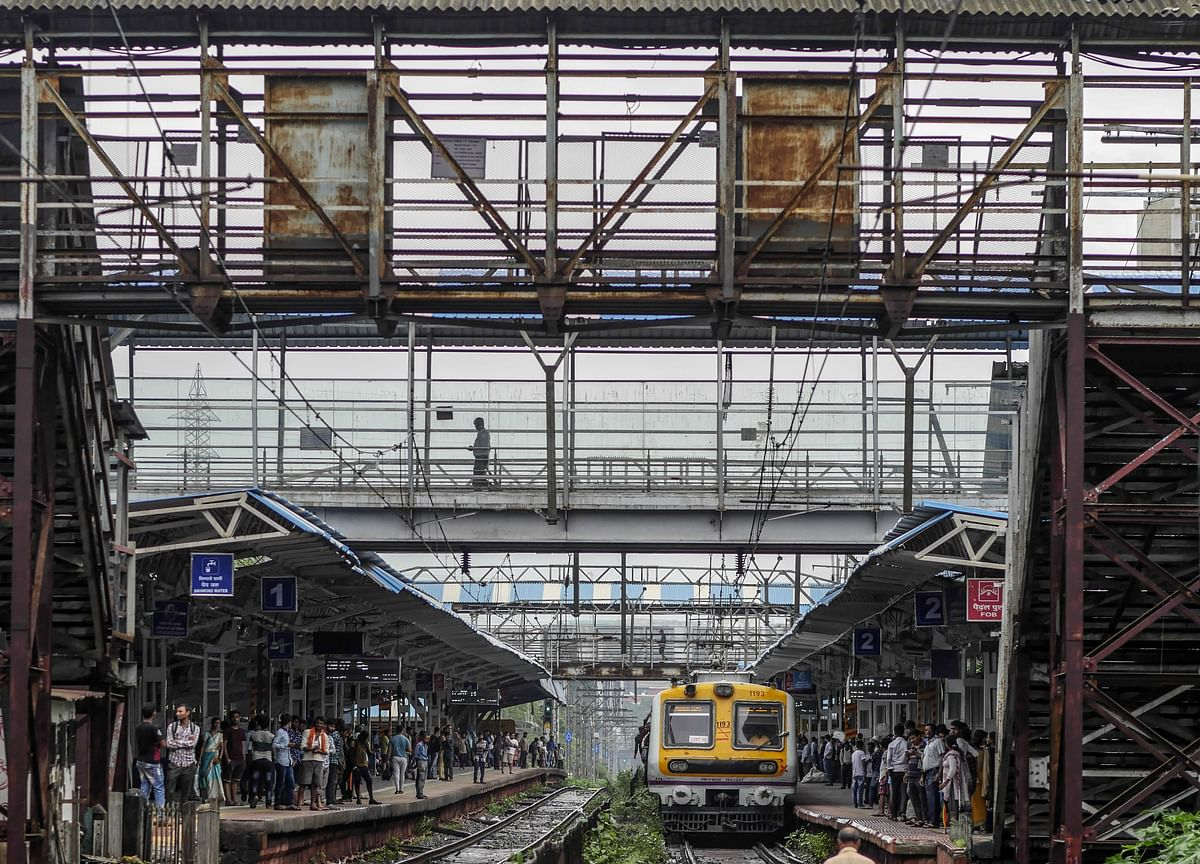 Railways' Earnings From Fines On Ticketless Travellers Up 31% In 3 Years