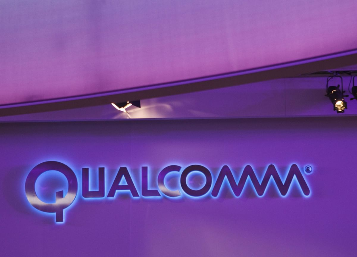 Qualcomm Outlook Weighed Down by Weak Smartphone Demand