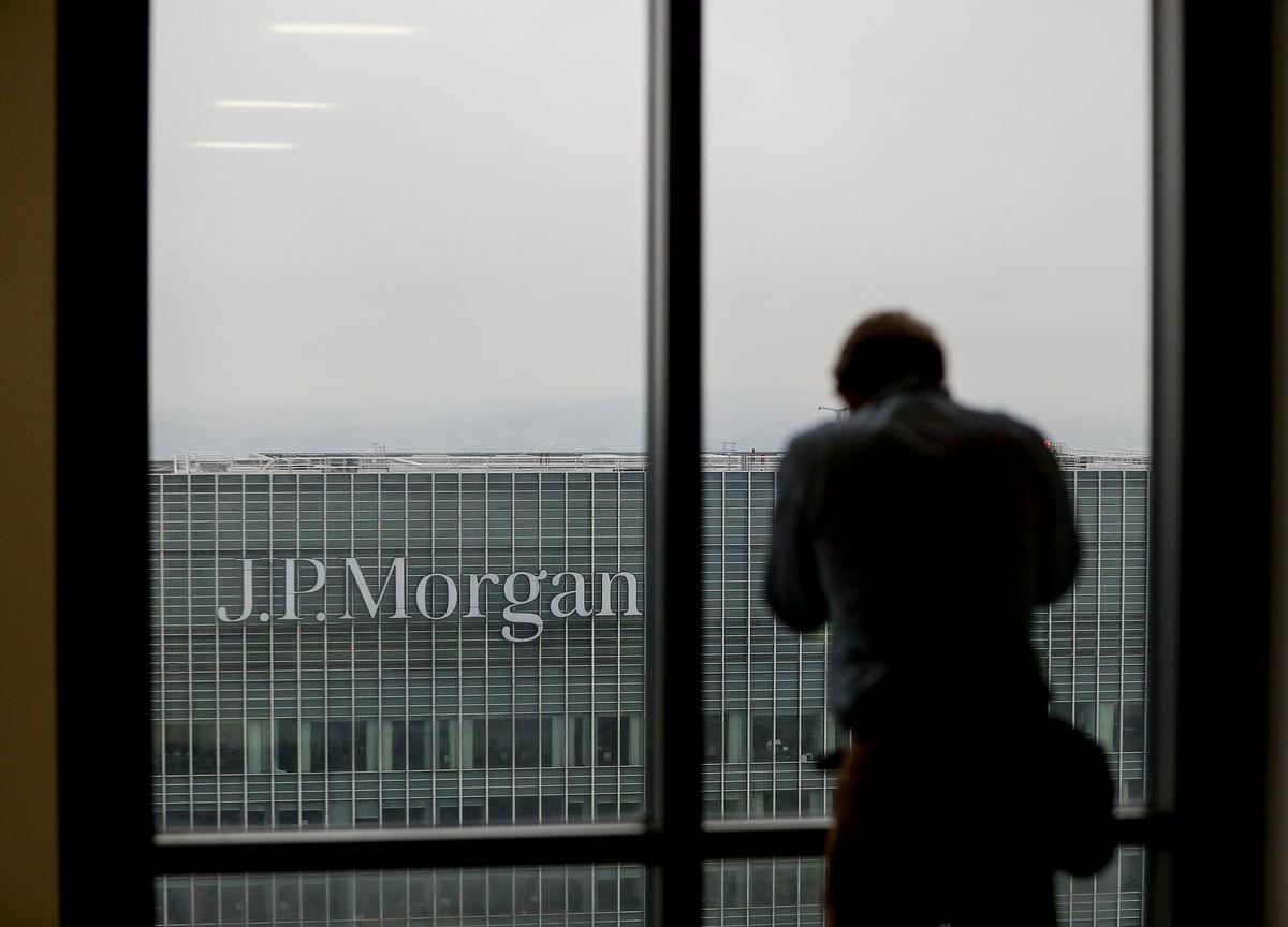 JPMorgan Says Stocks Can Reach New Highs Despite Yield Inversion