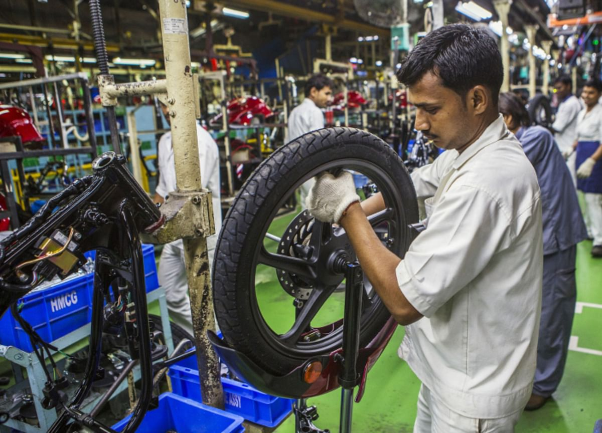 India Trade Gap Narrows to Seven-Month Low as Demand Ebbs