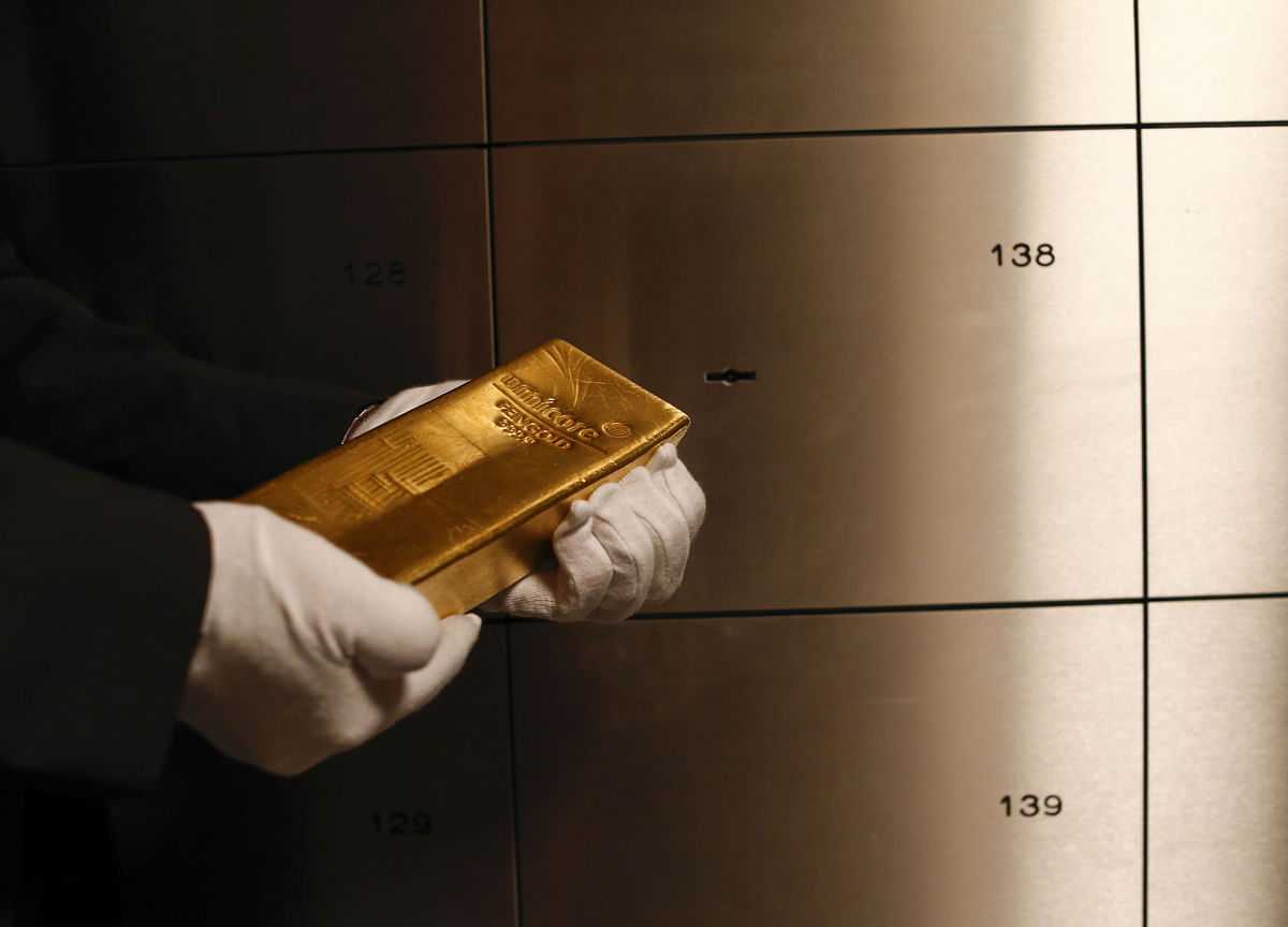 Investors Hoard Most Gold in ETFs in Six Years