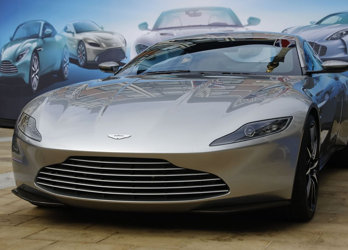 Aston Martin May Need to Sell New SUVs at a Discount, Analyst Says