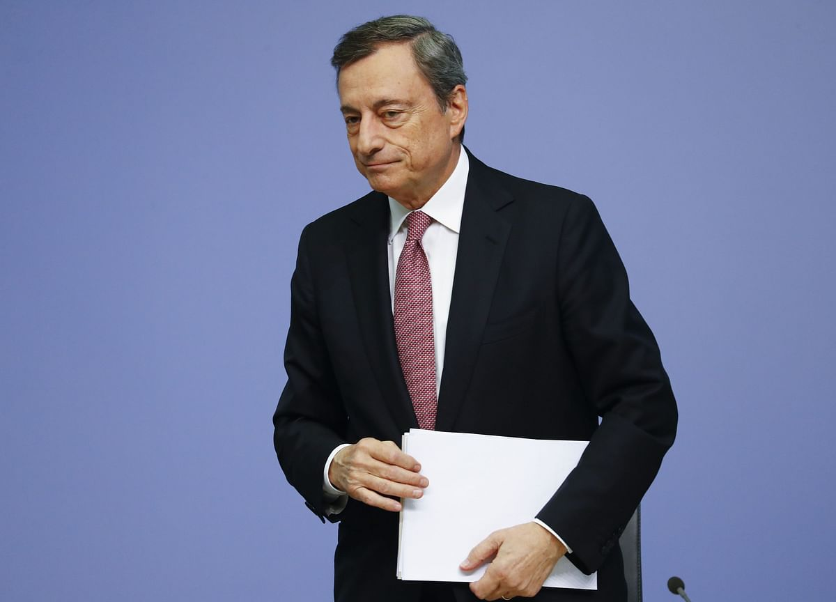 Draghi's QE Triumph Hinged on ECB Colleagues From Tiny Economies