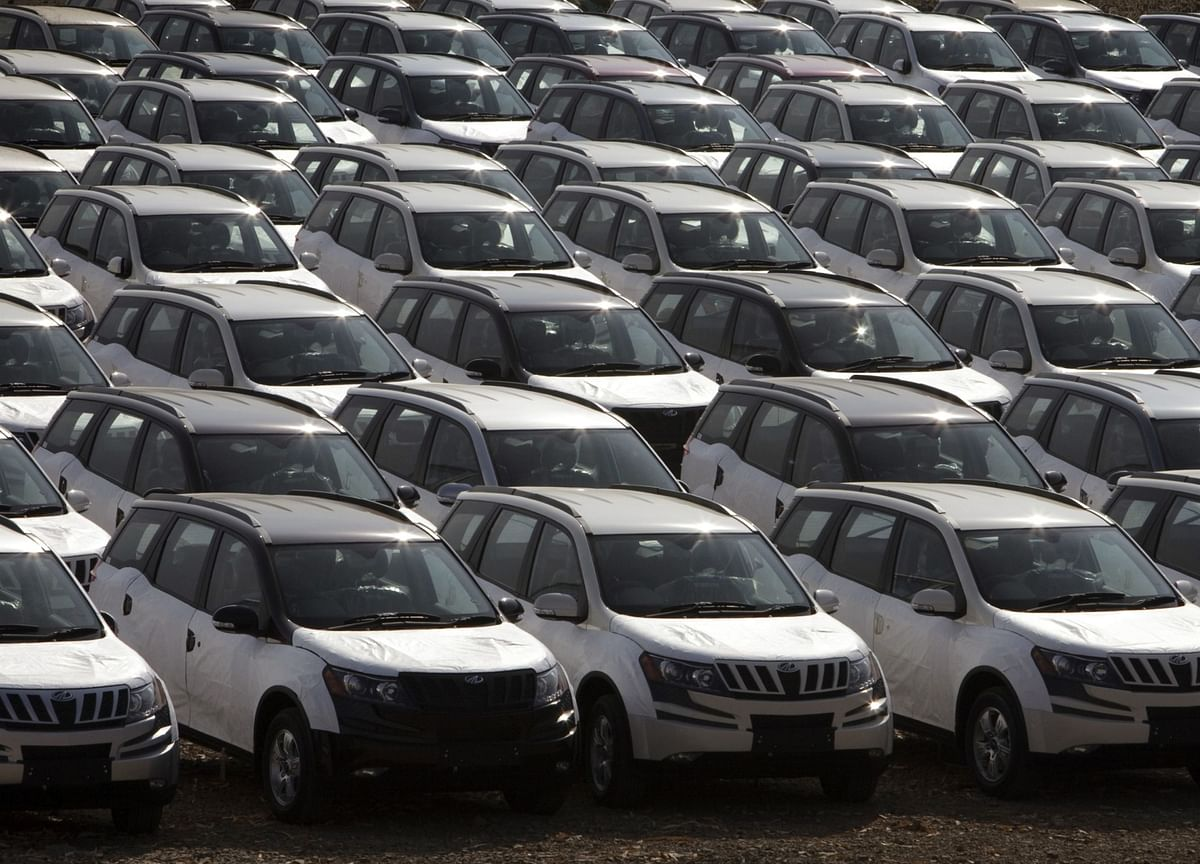 India's Auto Sales Fall The Most In 22 Years