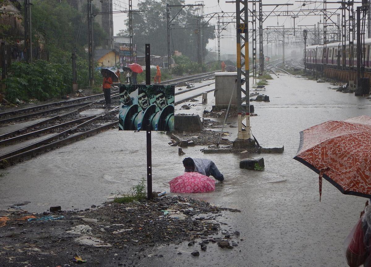 Mumbai Rains: Hindmata And Chembur Waterlogged, IMD Forecasts 'Heavy Falls'