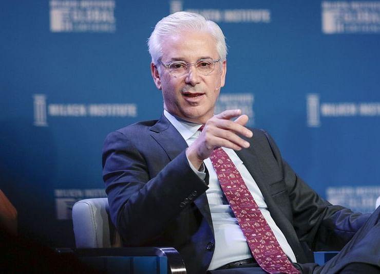 Wells Fargo Names BNY Mellon's Charles Scharf CEO to Lead Turnaround