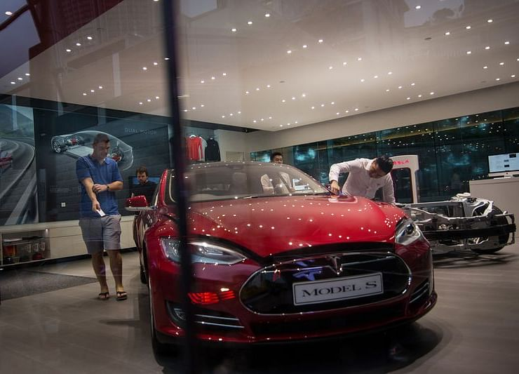 Electric Car Sales Fall for First Time After China Cuts Subsidy