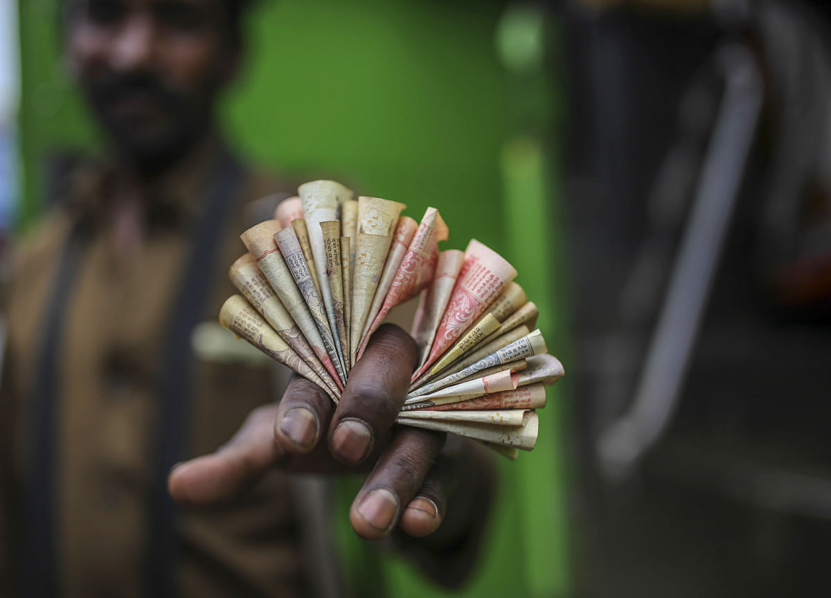 Rupee Logs Third Straight Gains, Up 12 Paise To End At 71.73 A Dollar