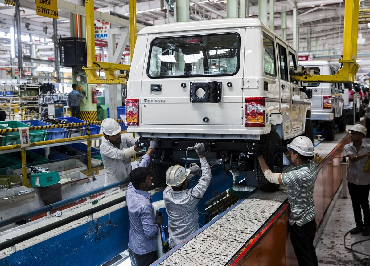 Vehicle Sales In September To Remain Flat Despite Higher Footfalls, Says SIAM President