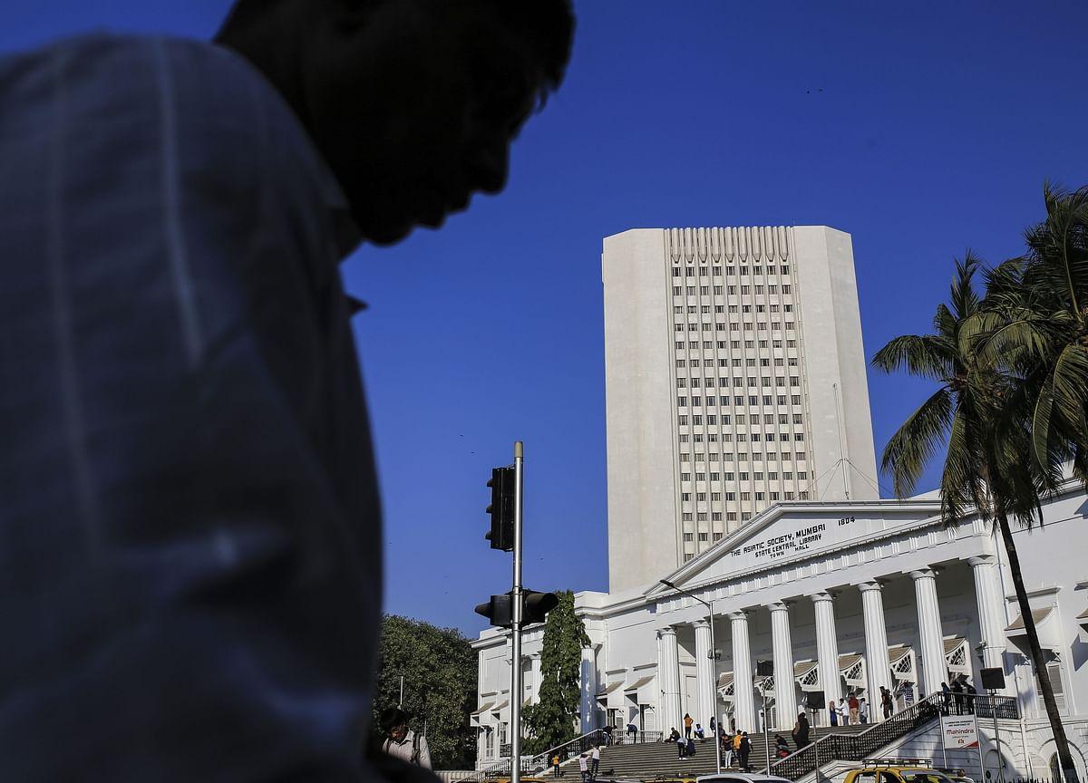 Yearlong Debt Crisis Hits Plans for Bigger India Bond Market
