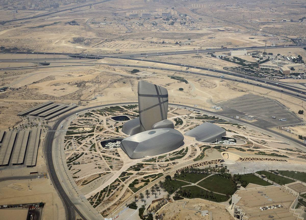 Crippling Oil Attacks Jolt Saudi Economy Burdened by OPEC Curbs