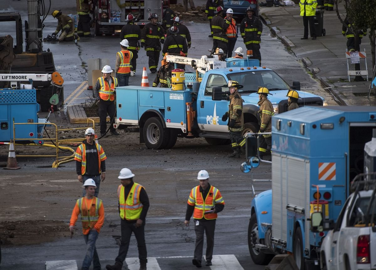 PG&E Deflects Bids for Assets Ahead of Restructuring Plan