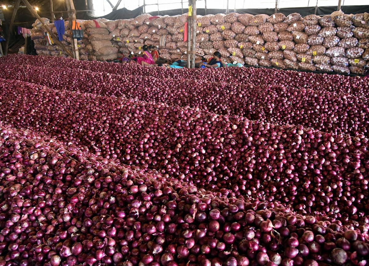 Onion Prices In Delhi Jump 45% To Rs 80/kg  In Just One Week