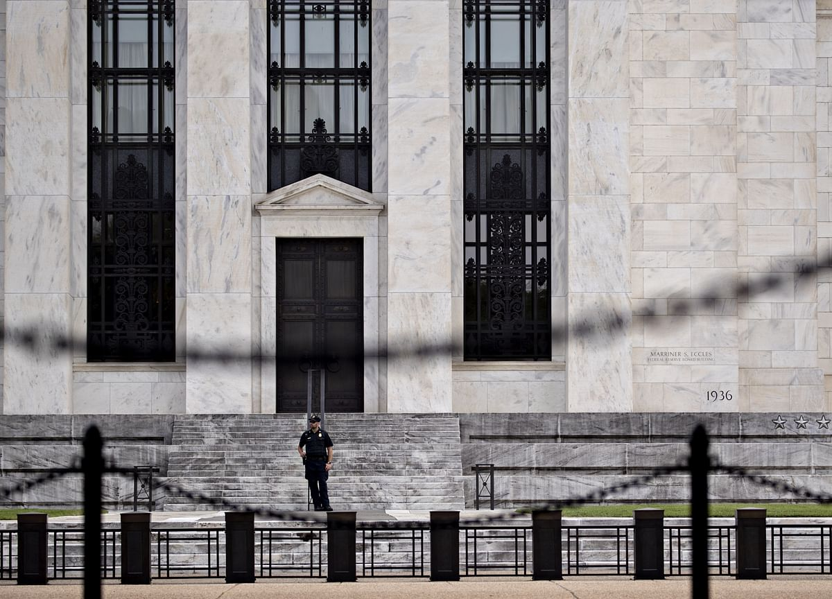 Second Fed Rate Cut Comes Just in Time for Gulf Economies