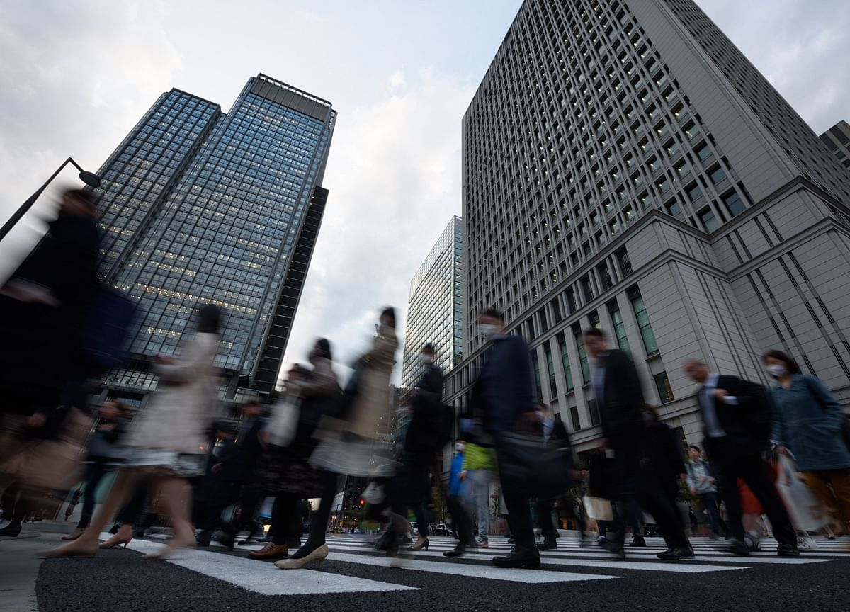 Japan Companies Are Sitting on Record $4.8 Trillion in Cash