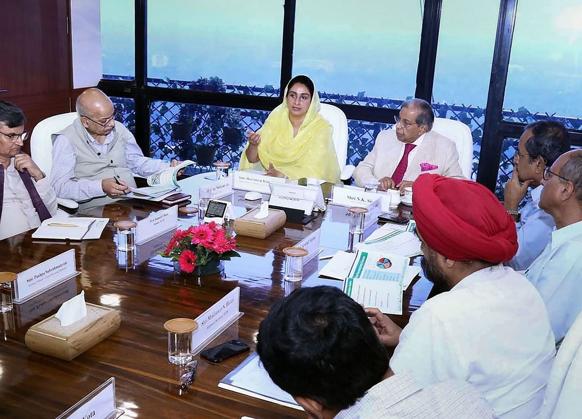 Finance Commission Chairman Holds Meeting With Harsimrat Badal, Key Officials