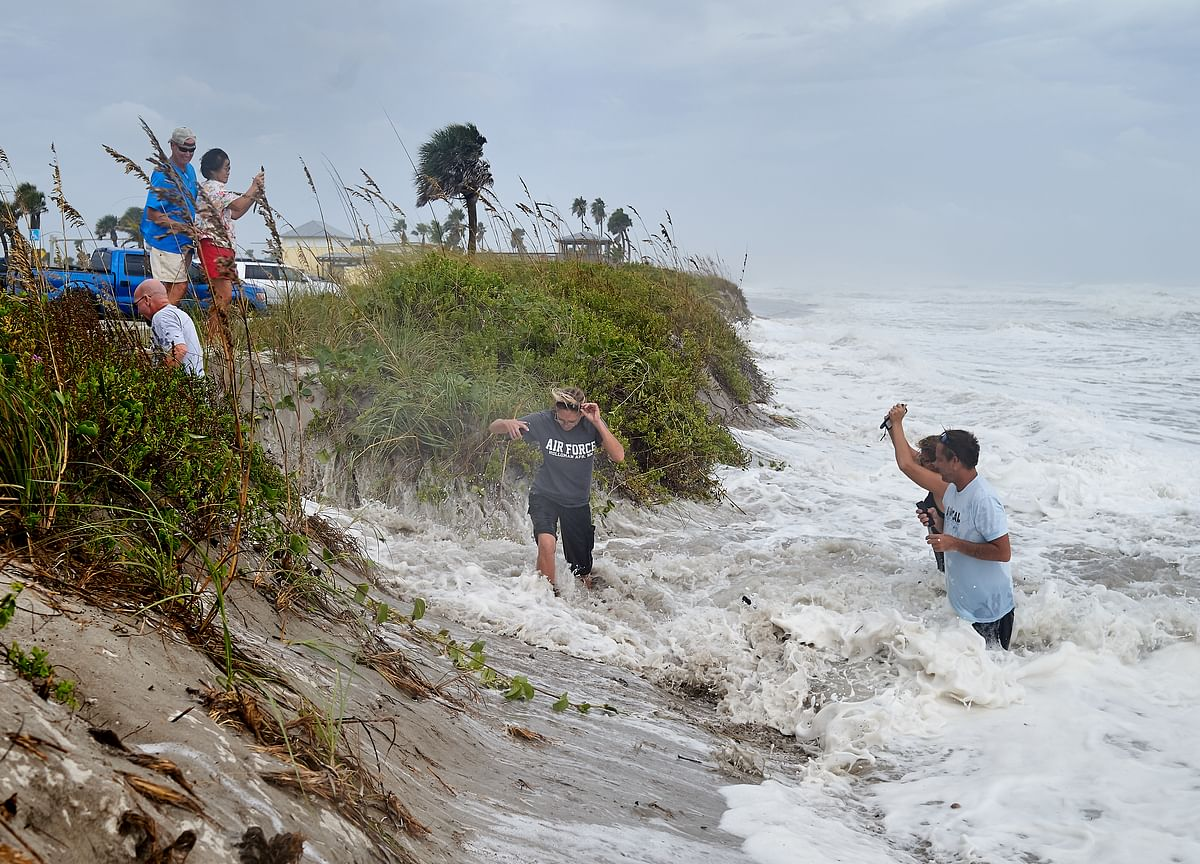 Hurricane Dorian Lashes Florida After Wreaking Havoc on Bahamas
