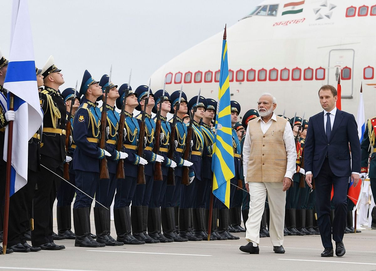 Narendra Modi Meets Vladimir Putin In Vladivostok, Visits Shipbuilding Facility