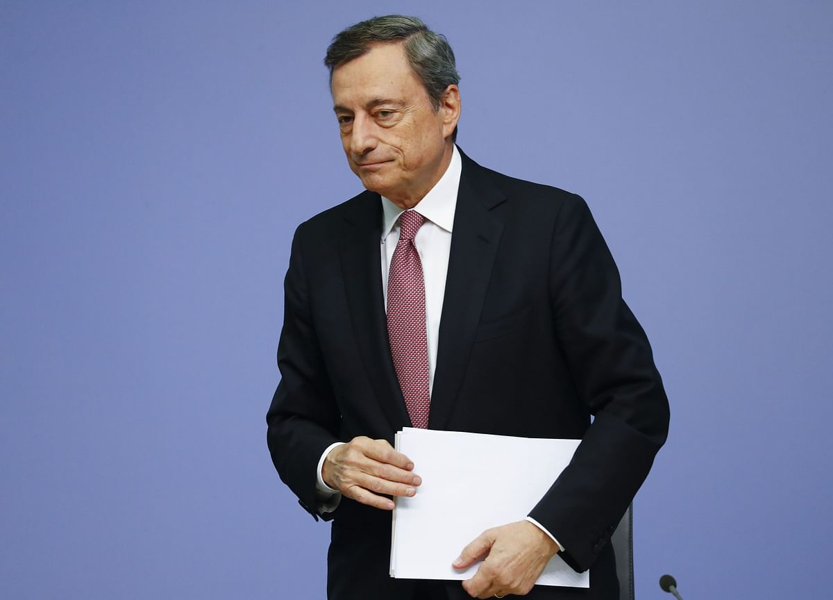 Draghi's Helicopter Money View Shows How Europe Is a No-Fly Zone