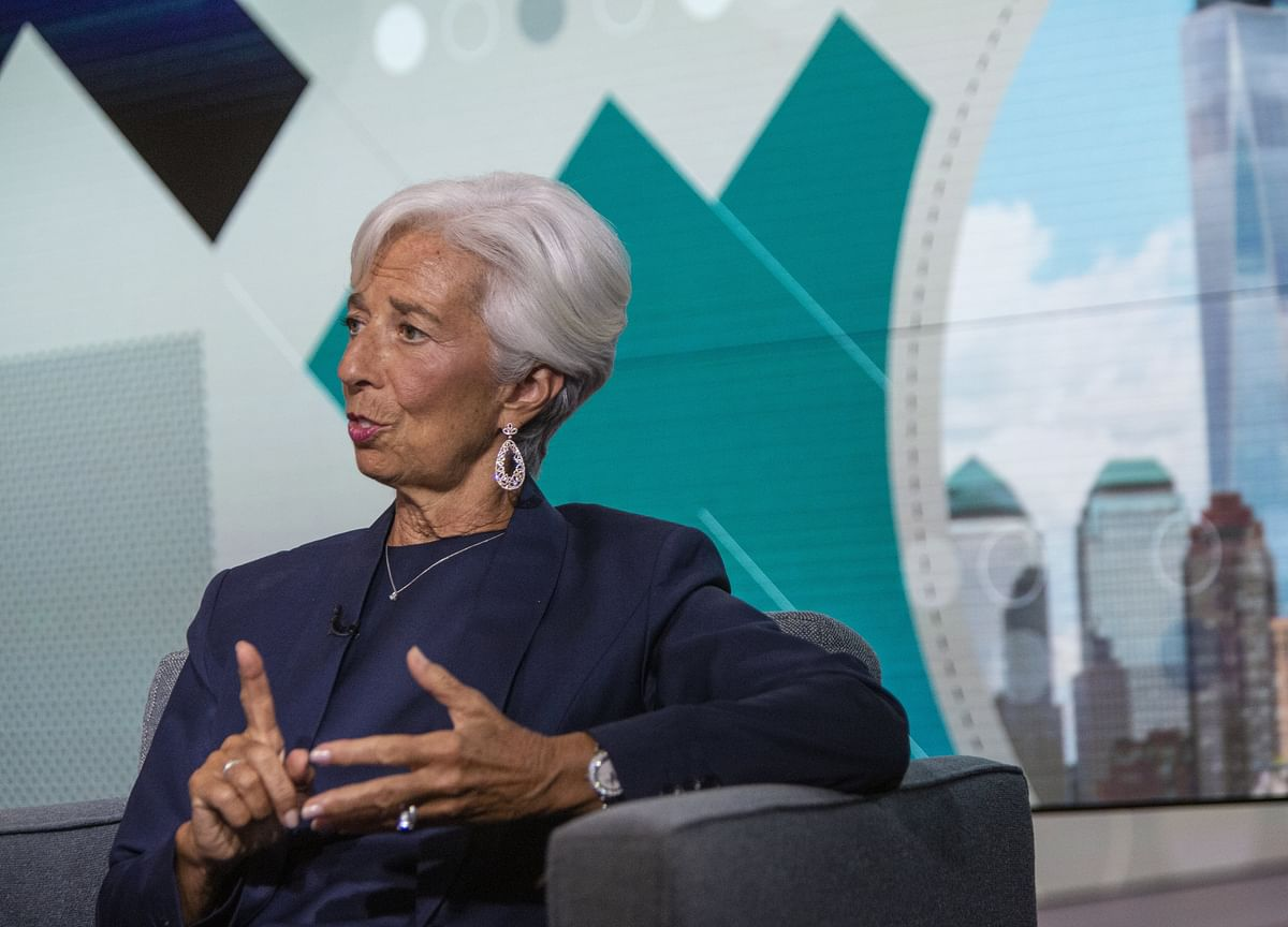 Lagarde Says Trump Should Stop Criticizing the Fed With Tweets
