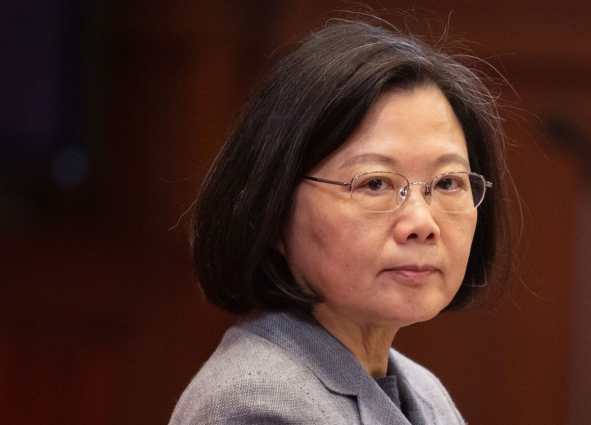Taiwan's President Rises From the Ashes With a Hand From Hong Kong