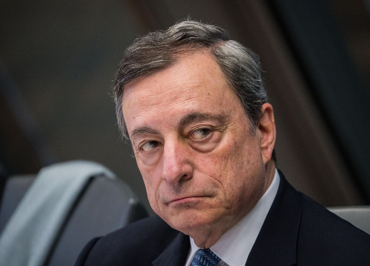 Draghi Seen Overriding Opposition With QE as Gloom Deepens