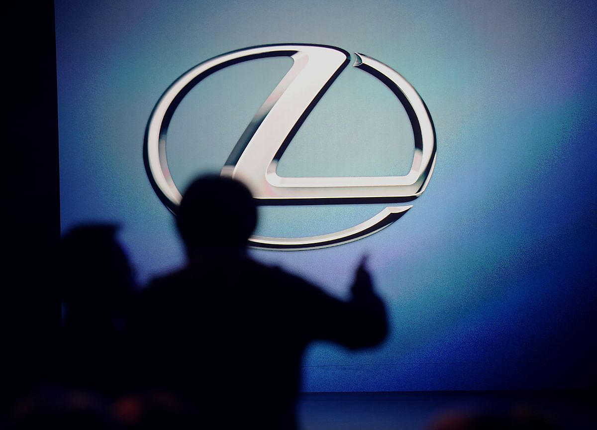 Lexus Laps BMW and Mercedes for Second Straight U.S. Sales Win