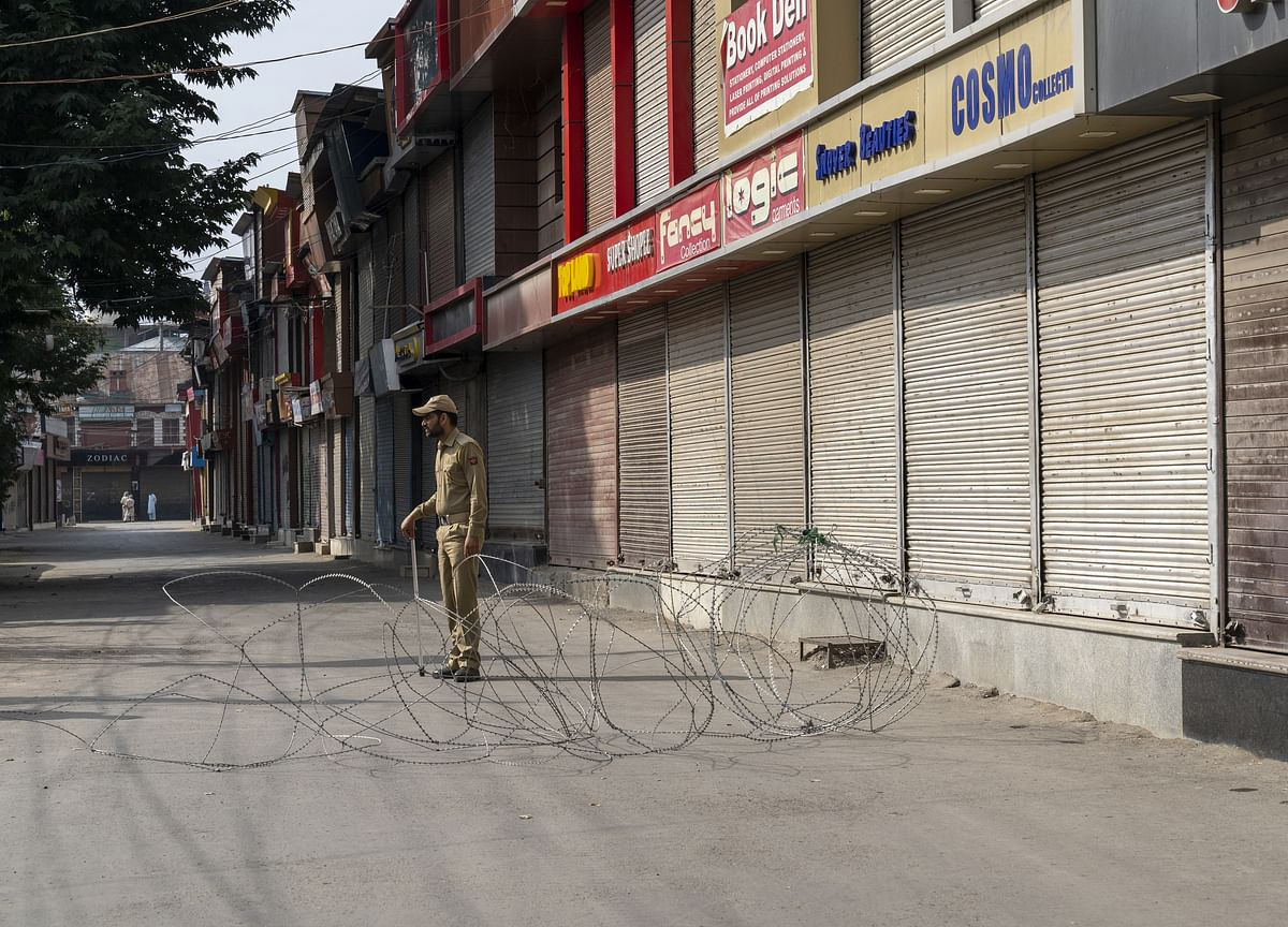 U.S. Urges India to Take 'Rapid Action' to Lift Kashmir Curbs