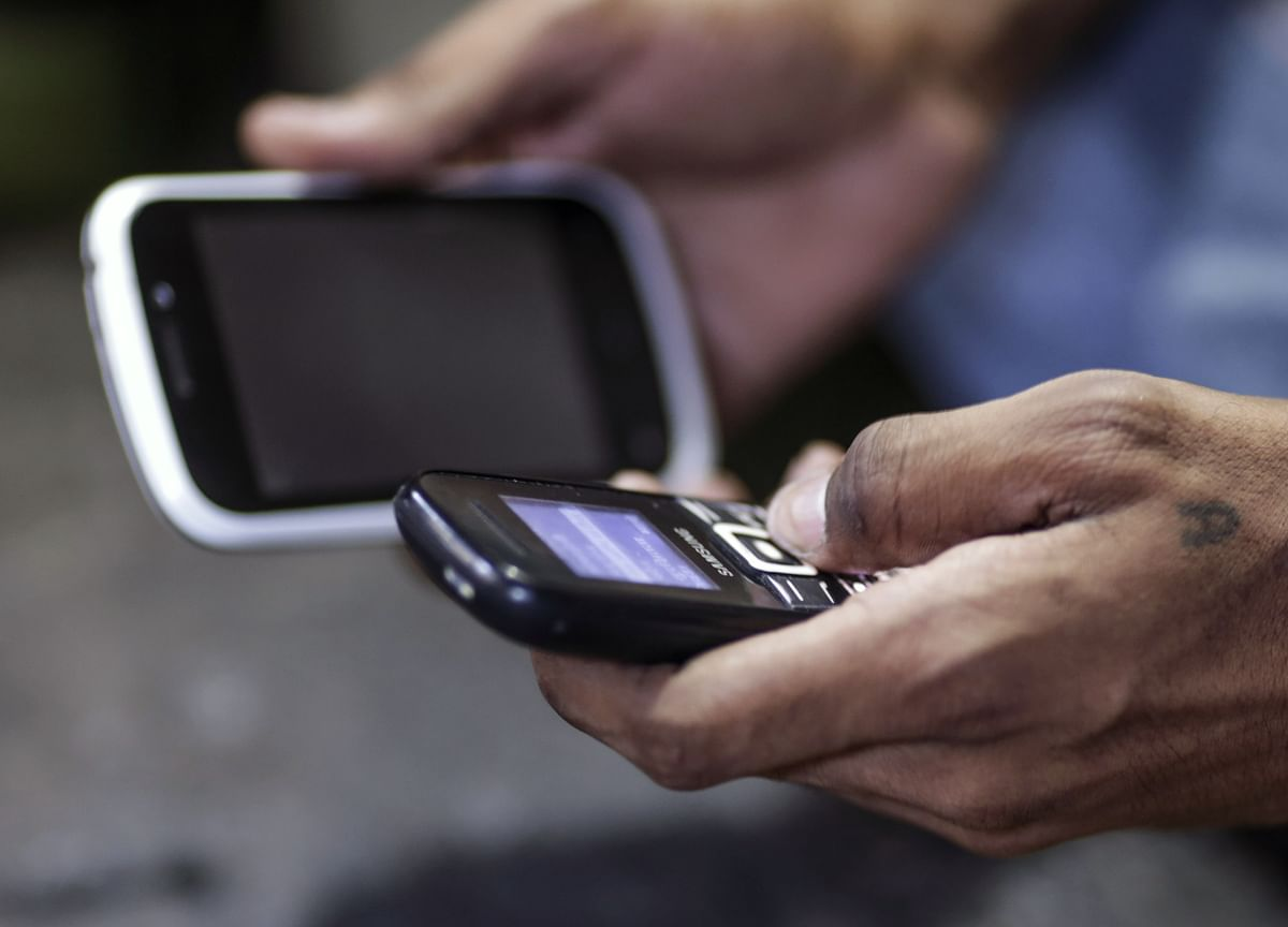 Government  To Recommend Package To Relieve Telecom Sector's Financial Stress