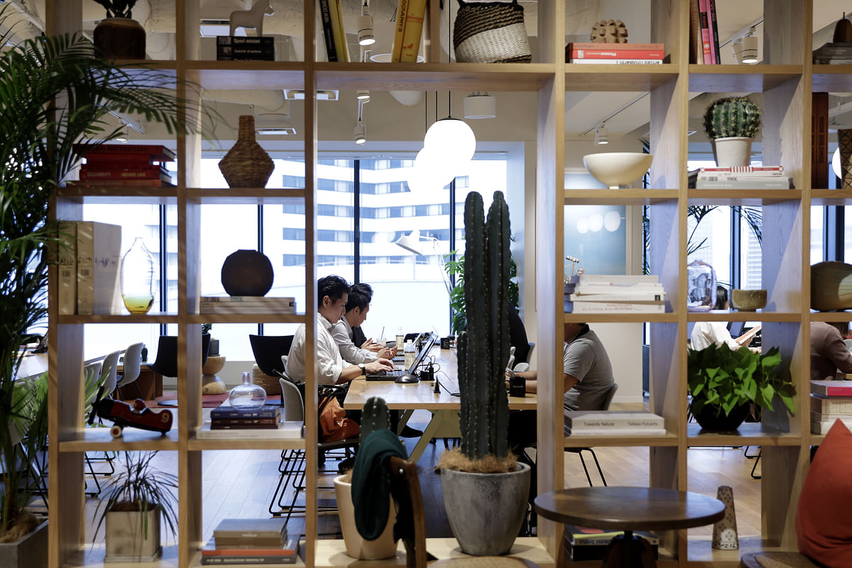 WeWork Clinches $1.75 Billion in Financing With Goldman's Backing