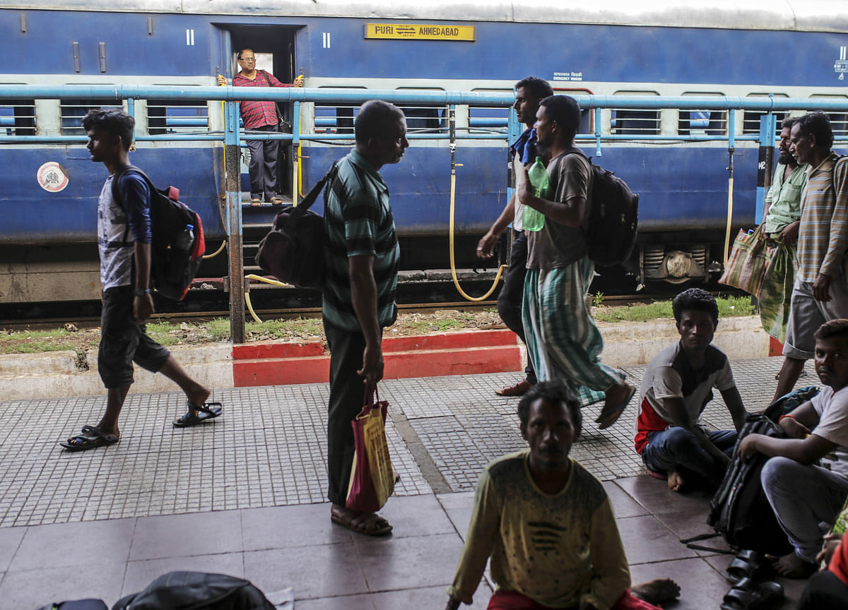 Government To Form Task Force To Privatise 150 Trains, 50 Railway Stations