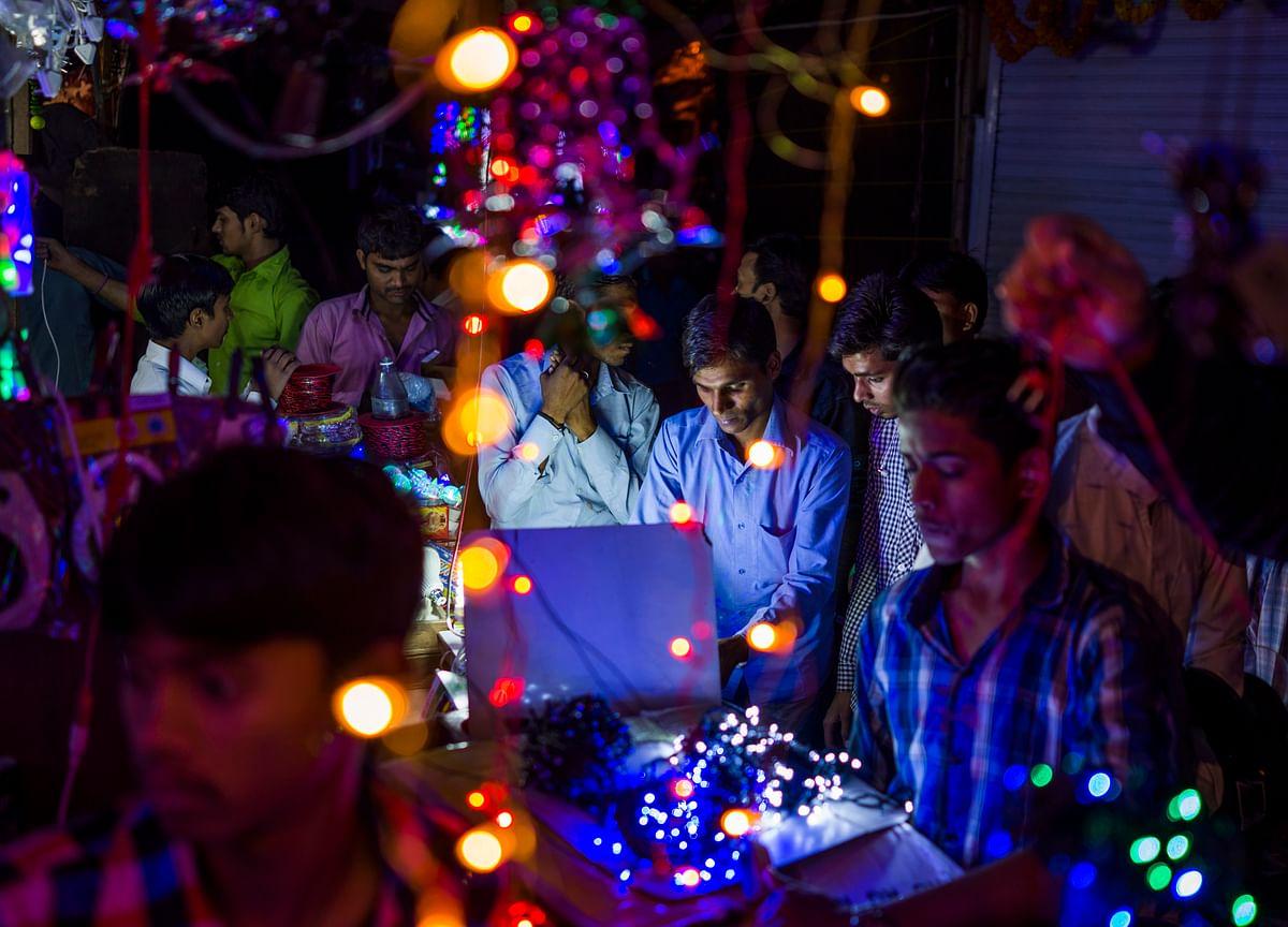 This Diwali, Be Financially Responsible!