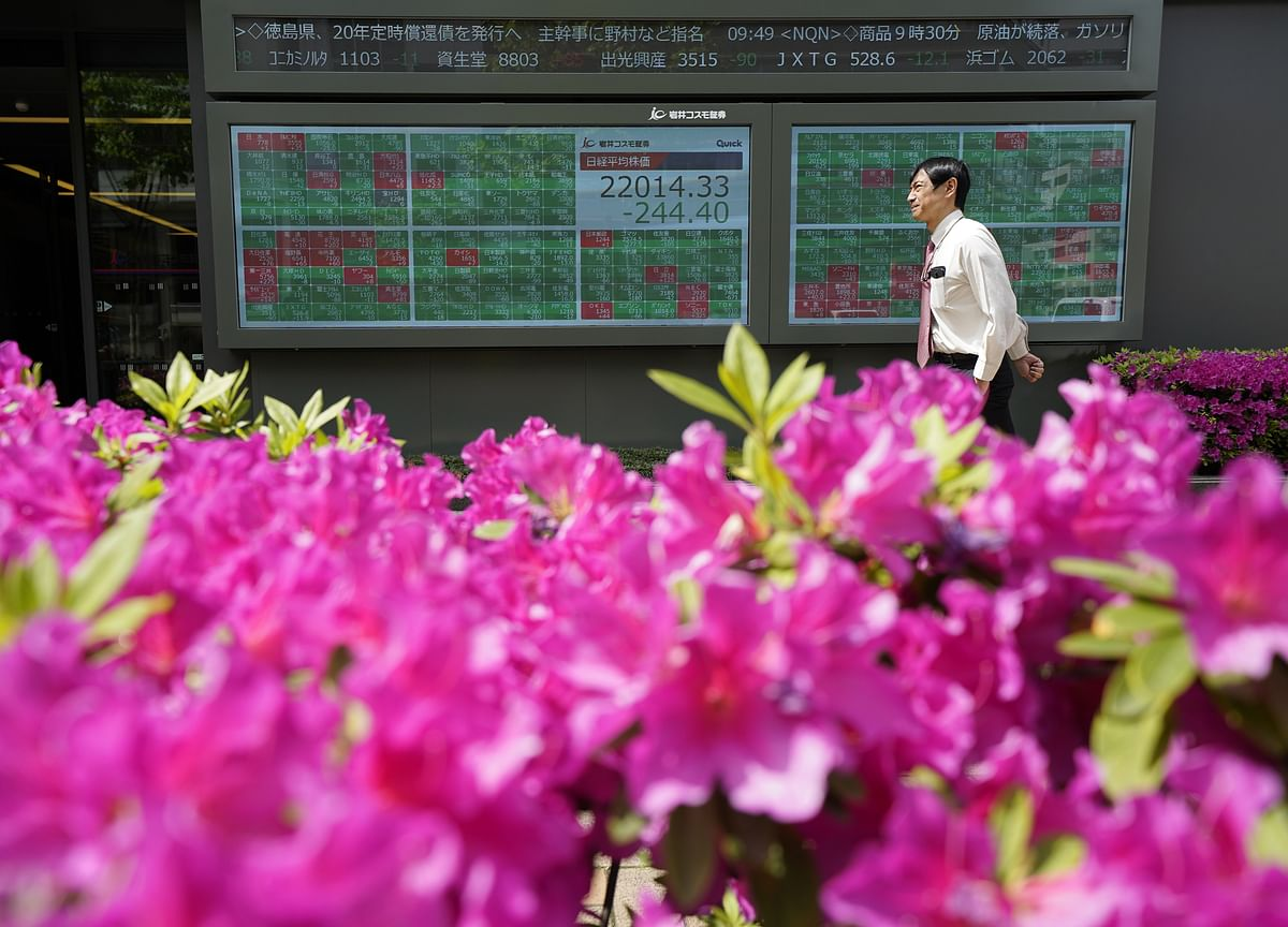 S&P 500 Climbs Beyond 3,000 on Trade; Bonds Fall: Markets Wrap