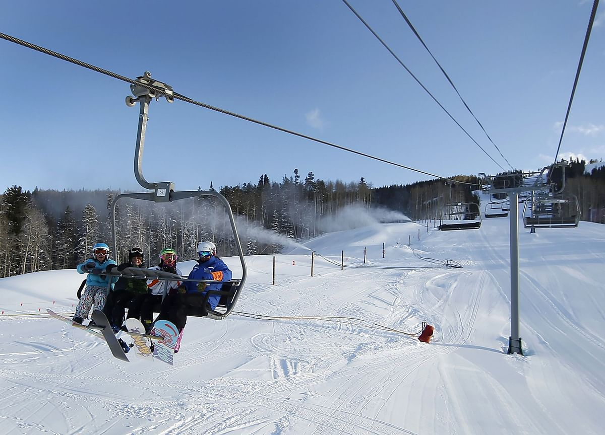 Colorado Ski Resorts Kick Off Opening-Day Race After Snow Storm