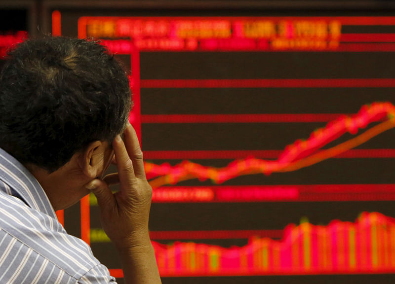 Asia Stocks Plunge Most in 11 Months in Broad Rout, Tech Slumps
