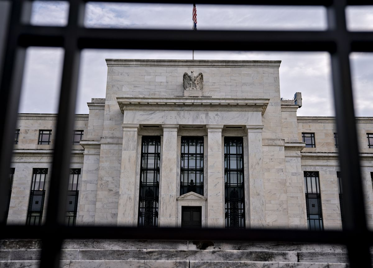 Fed to Start Buying $60 Billion of Treasury Bills a Month From Oct. 15
