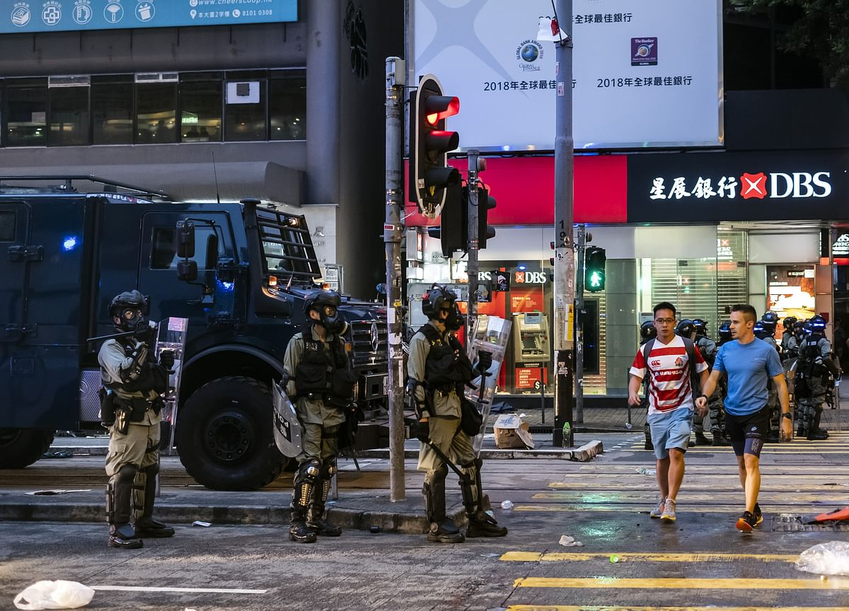 For Anxious Hong Kong Elite, the U.S. Isn't the Top Escape Route
