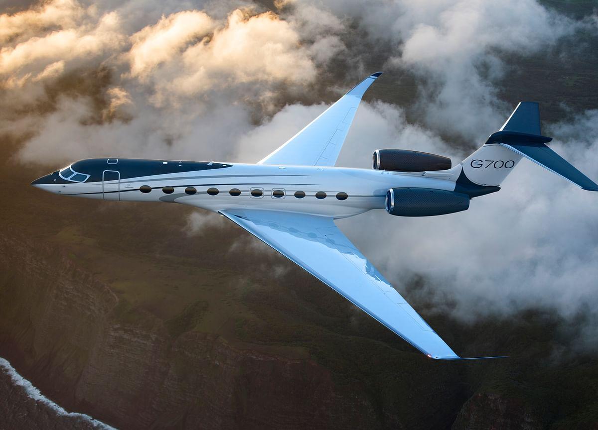 Gulfstream Unveils G700 in Battle for Biggest Private Jet