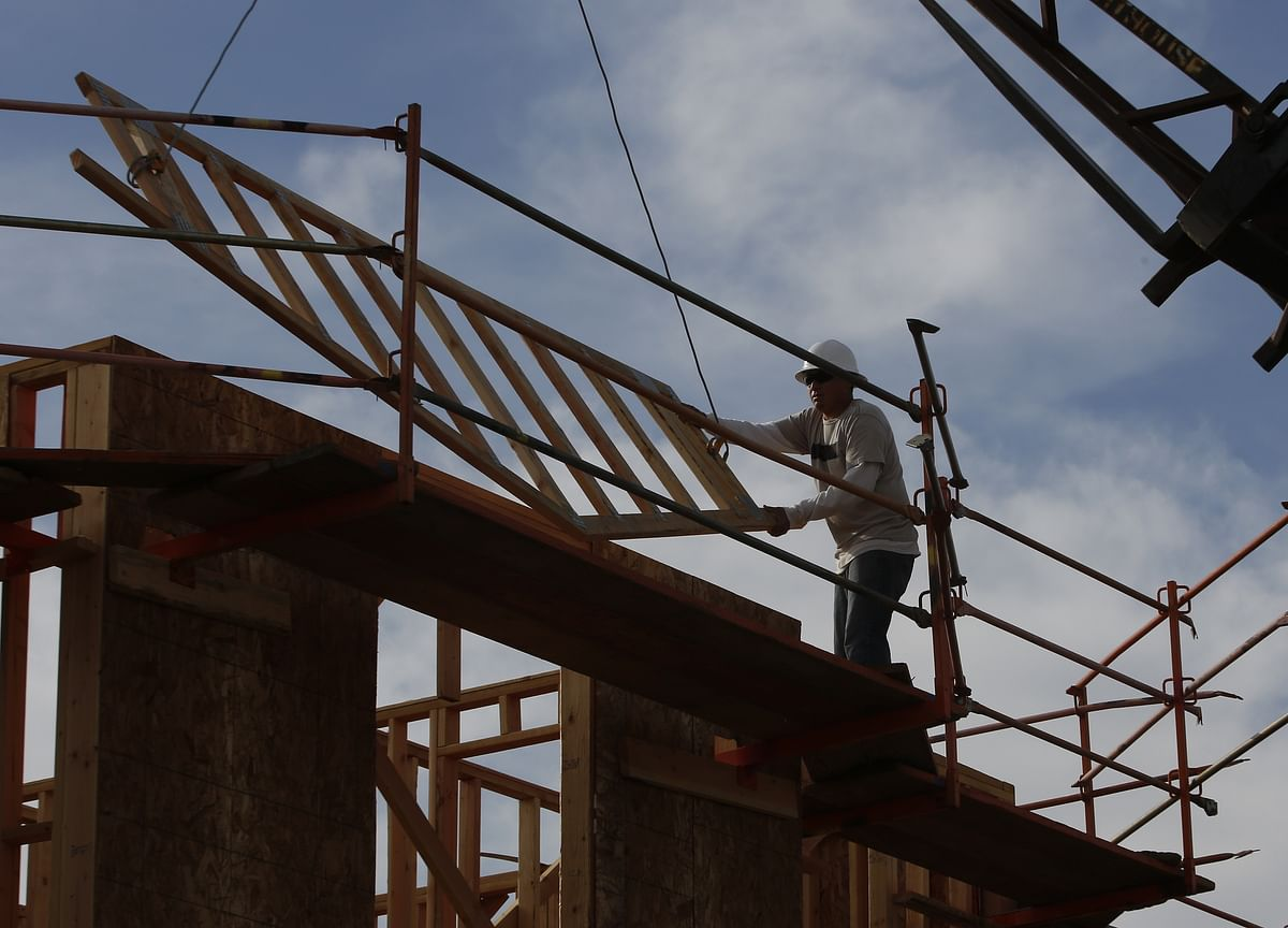 U.S. Homebuilder Sentiment Climbs to Highest Since February 2018