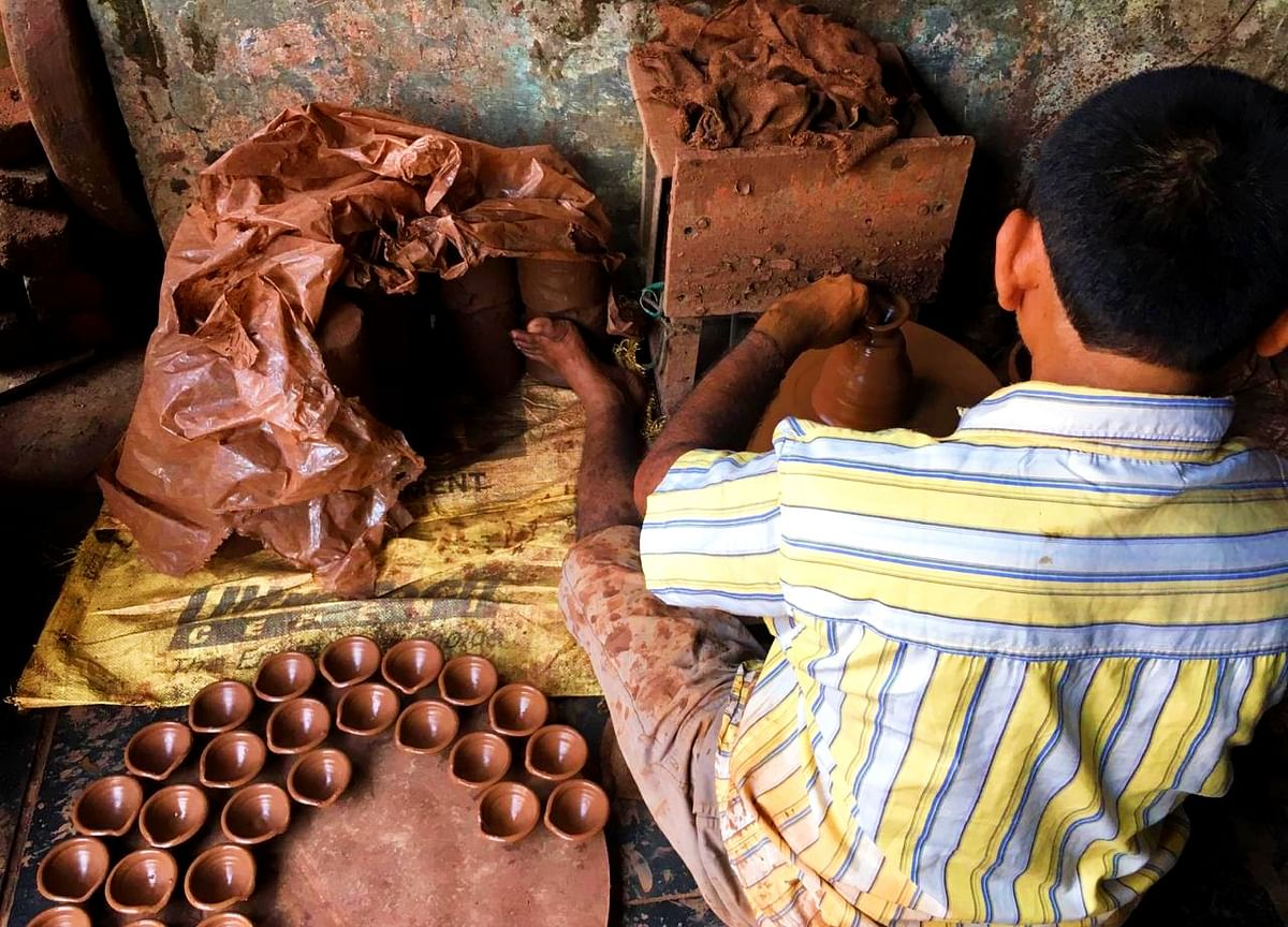 Dharavi's Last Generation Of Diya Makers