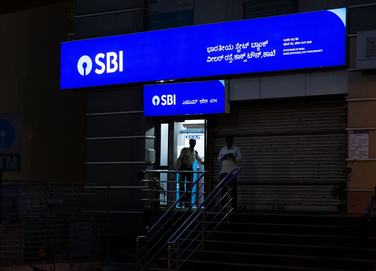 SBI Seeks To Resolve Rs 1 Lakh Crore In Stressed Cases By March
