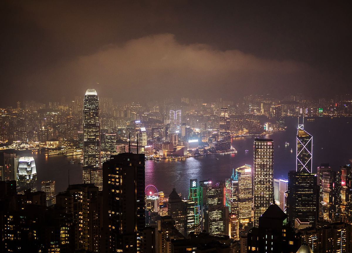 Hong Kong Sees GDP Contraction Near Low End of Forecast Band