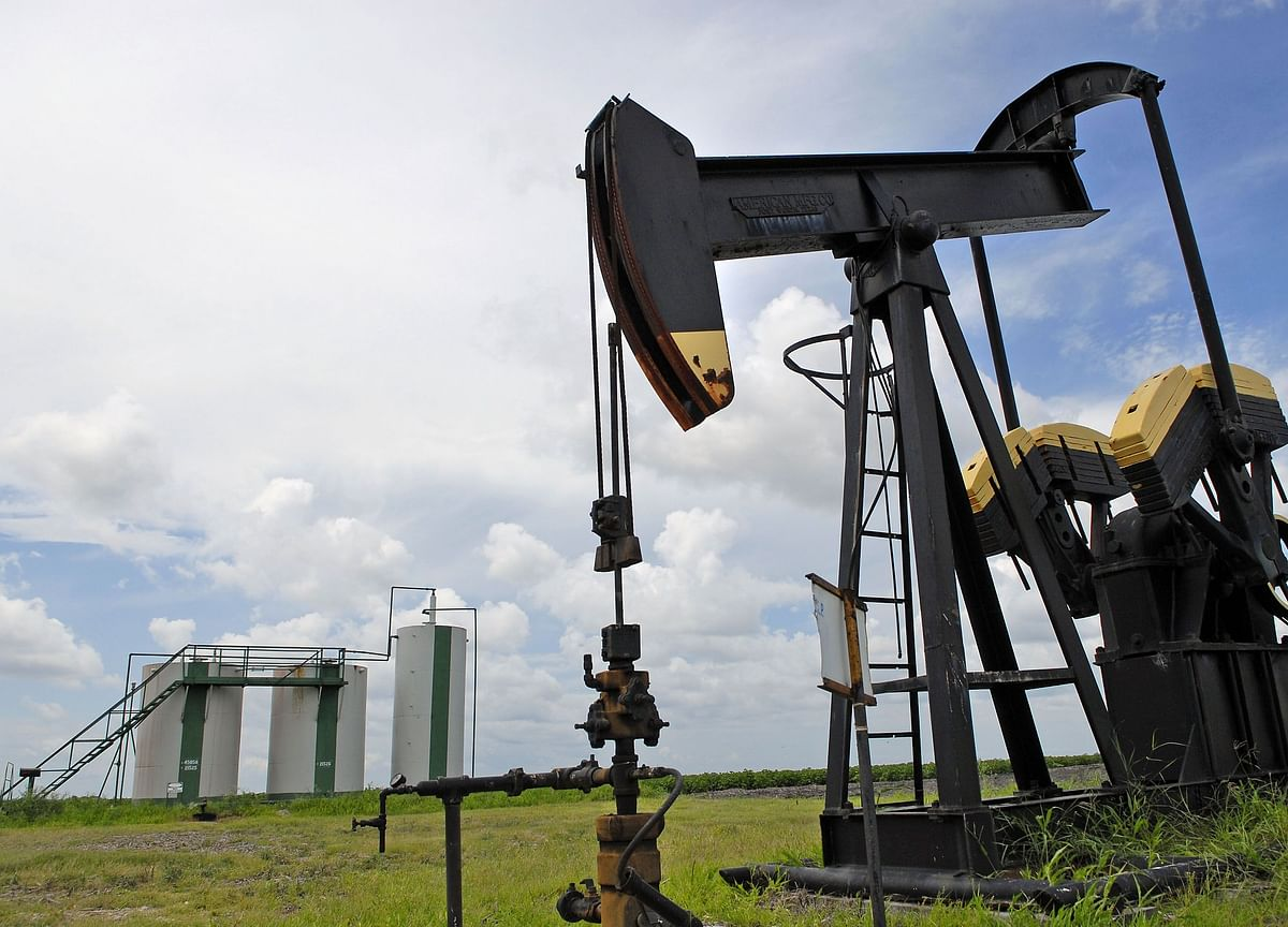 World's Top Oil Traders See 2020 Prices Stuck in the $50s