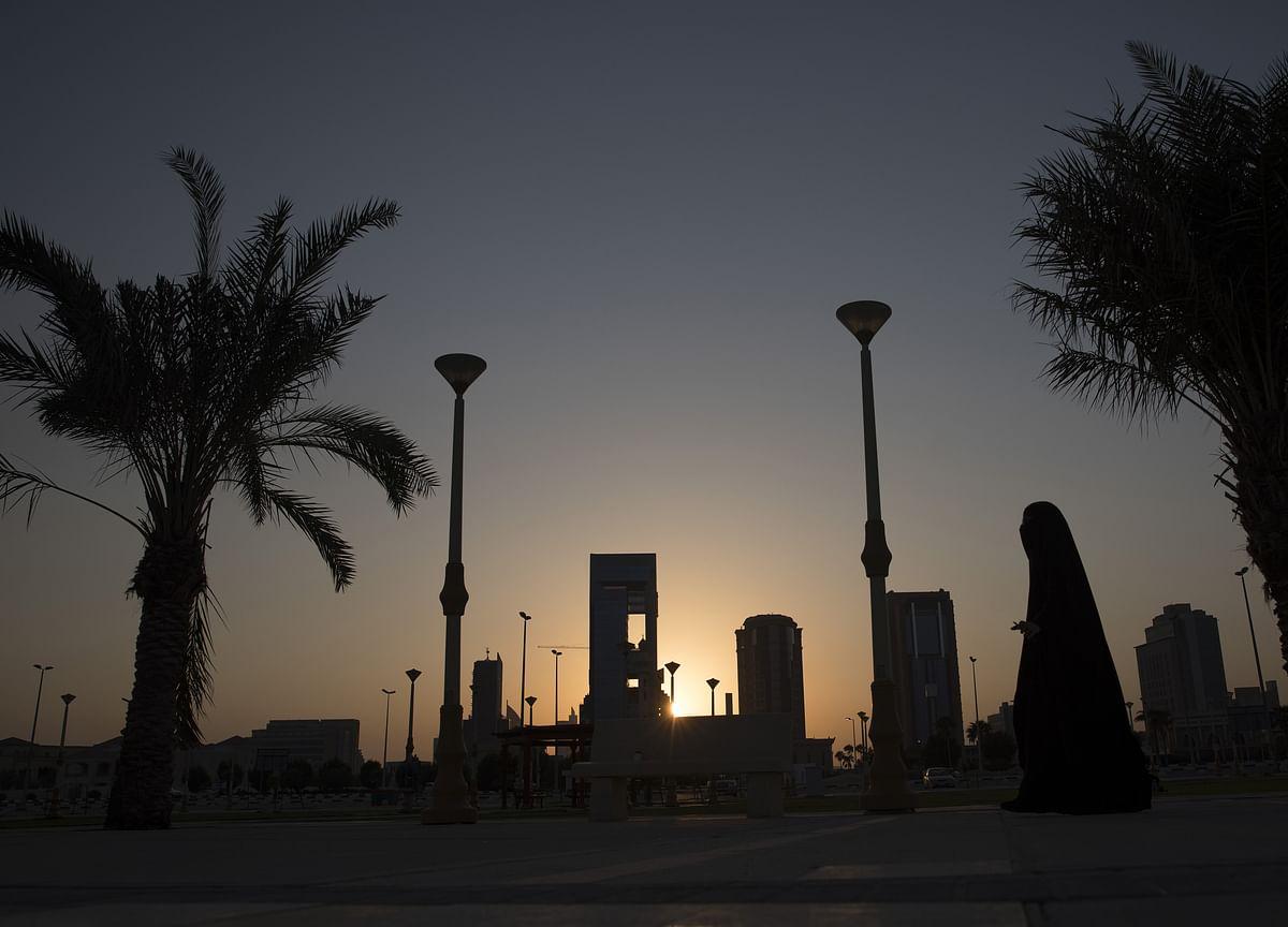 IMF's Bad News on World Outlook Is More Grim for Saudi Economy