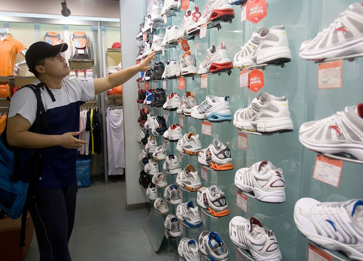 With Xi in Its Corner, the Nike of China Wants to Go Global