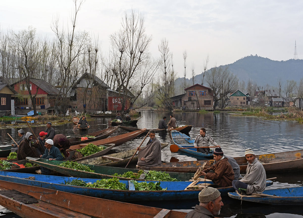 J&K Governor Directs Lifting Of Security Advisory To Tourists